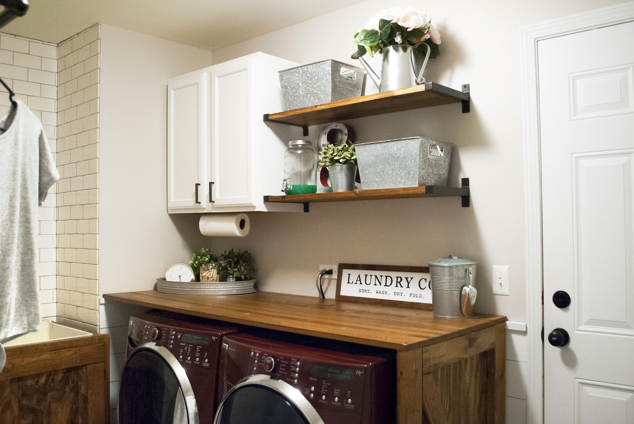 Modern Farmhouse Laundry Room Reveal Sammy On State